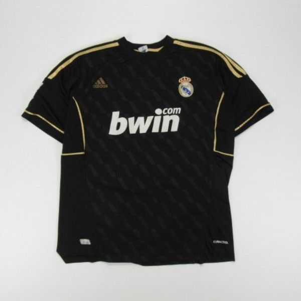 Real Madrid shirt (M)
