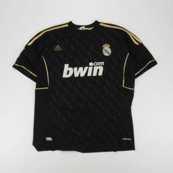 Real Madrid shirt (M)