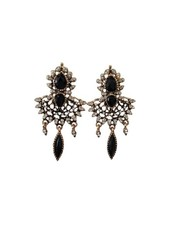 Chique Victorian Vintage statement earrings