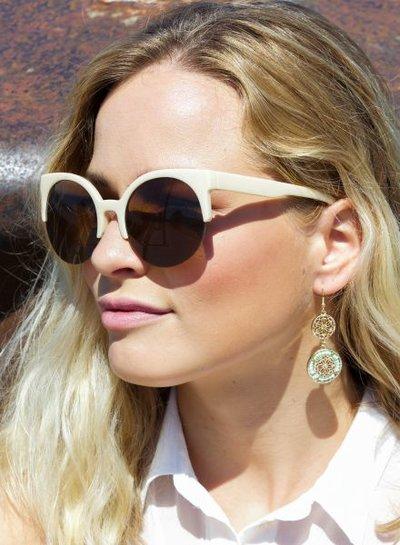 Retro zonnebril met zwevende glazen