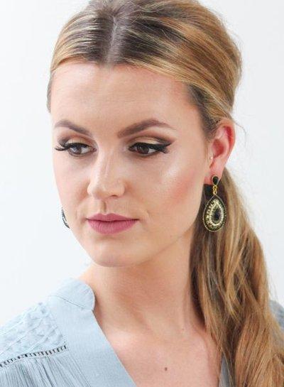 Elegante zwarte druppelvormige statement oorbellen