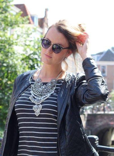 Eye-catching vintage bohemian statement necklace