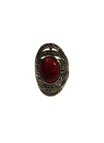 Gorgeous boho chique statement ring with red stone