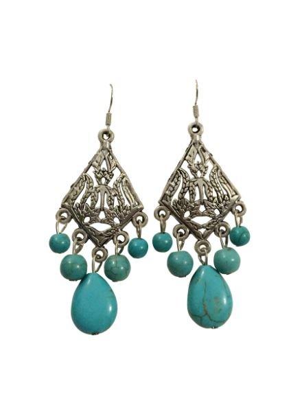 Ruitvormige boho chique statement oorbellen met turquoise steentjes