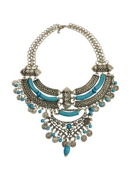 Unique bohemian chique statement necklace with intricate details