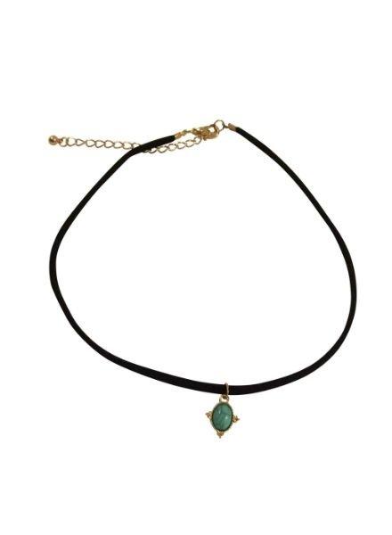 Minimalistic statement choker necklace with turquoise stone