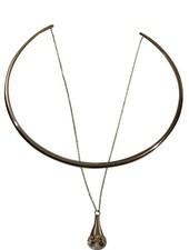 Zilverkleurige minimalist chic statement choker ketting met steen