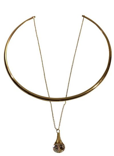 Gold colored minimalist chic statement choker necklace with stone