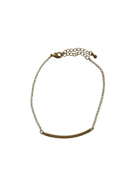 Gold colored minimalistic statement bracelet