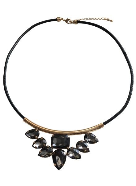 Cool statement necklace with black rhinestones