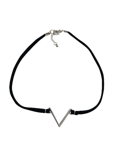 Edgy statement choker necklace silver colored