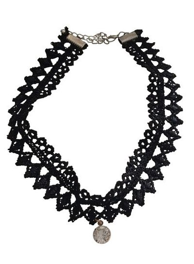 Cool layered statement choker necklace with rhinestone