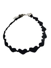 Cool statement choker necklace with hearts