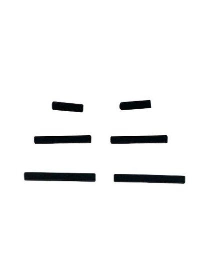 Minimalistische statement oorbellen staafjes XS zwart