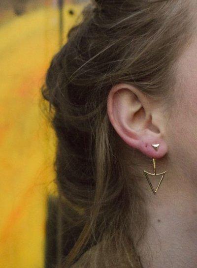 Edgy rock chic statement oorbellen met pijl goudkleurig