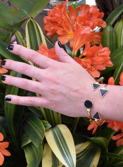 Minimalist chic marble statement cuff armband driehoek zwart