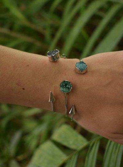 Minimalist chic nature stone statement cuff bracelet round black