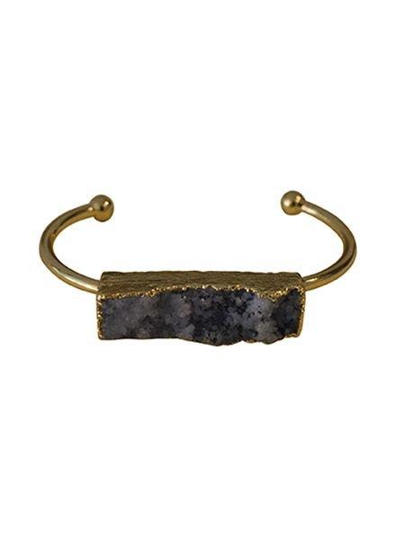 Minimalist chic natuursteen statement cuff armband