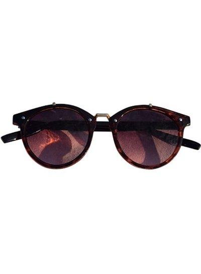 Vintage urban stijl zonnebril met roze glazen