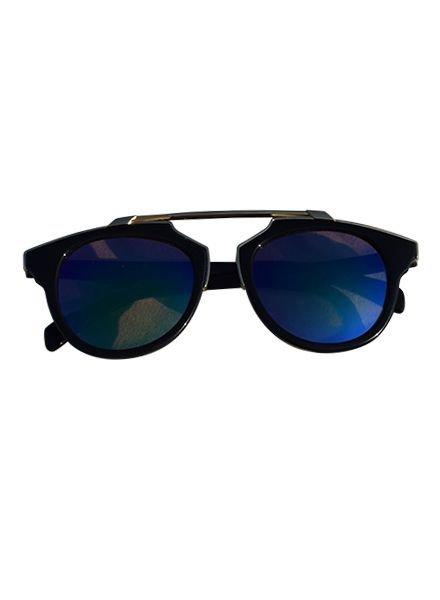 Coole urban rock zonnebril met edgy groene glazen