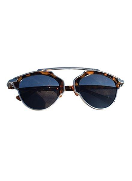 Unieke urban rock zonnebril met luipaard montuur en spiegelglazen