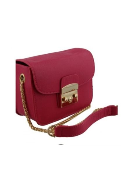 Chique crossbody purse with gold chain handles burgundy