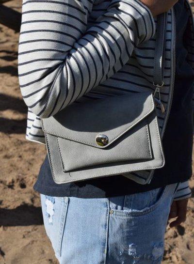 Cute minimalistic crossbody purse grey