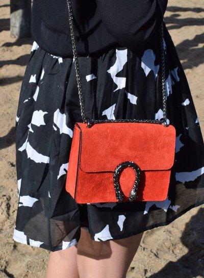 Leather minimalist chic crossbody purse animalier red