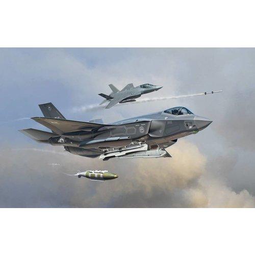 """Italeri F - 35A Lightning ll """"JSF"""" 1:72"""
