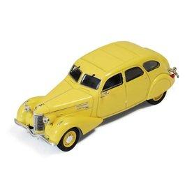 Ixo Models Modelauto Berliet 11CV Dauphine 1939 geel 1:43 | Ixo Models