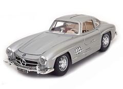 Producten getagd met Bburago Mercedes Benz