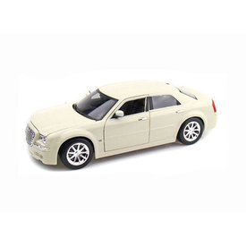 Maisto Modelauto Chrysler Hemi 300C 2005 wit 1:18 | Maisto
