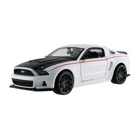 Maisto Modellauto Ford Mustang Street Racer 2014 weiß 1:24 | Maisto