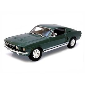 Maisto Model car Ford Mustang GTA Fastback 1967 green 1:18 | Maisto