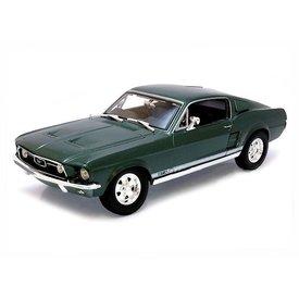 Maisto Modelauto Ford Mustang GTA Fastback 1967 groen 1:18 | Maisto
