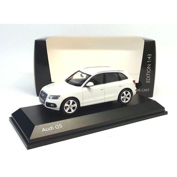 Modellauto Audi Q5 2013 weiß 1:43   Schuco