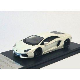 Welly Model car Lamborghini Aventador LP 700-4 2013 white 1:43 | Welly GTA