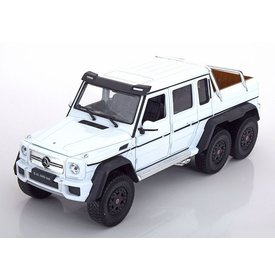 Welly Modelauto Mercedes Benz G63 AMG 6x6 wit 1:24 | Welly