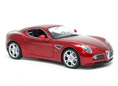 Producten getagd met Alfa Romeo 8C scale model