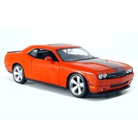 Maisto Dodge Challenger SRT8 2008 1:24