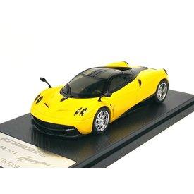 Welly Model car Pagani Huayra 2013 yellow/black 1:43 | Welly GTA