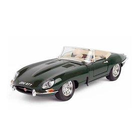 Bburago Modelauto Jaguar E-type Cabriolet 1963 groen 1:18   Bburago