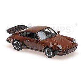 Maxichamps Modelauto Porsche 911 Turbo 3.3 (930) 1979 bruin 1:43 | Maxichamps