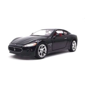 Bburago Modellauto Maserati GranTurismo 2008 schwarz 1:24 | Bburago