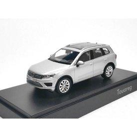Herpa Model car Volkswagen VW Touareg 2015 silver 1:43 | Herpa