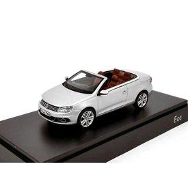 Kyosho Model car Volkswagen VW Eos 2011 silver 1:43 | Kyosho