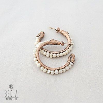 Hoop earrings white
