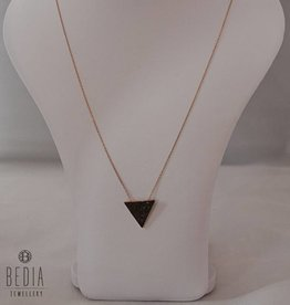 "Ketting ""Black Triangel"""