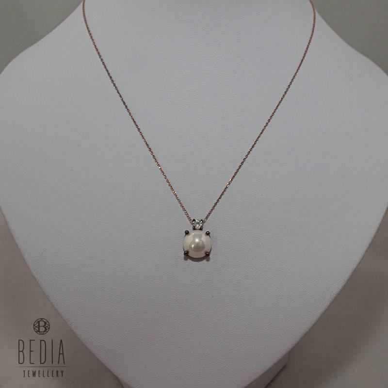 "Necklace ""Elegant pearl"""
