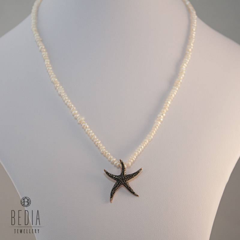 "Pearl necklace ""Starfish"""